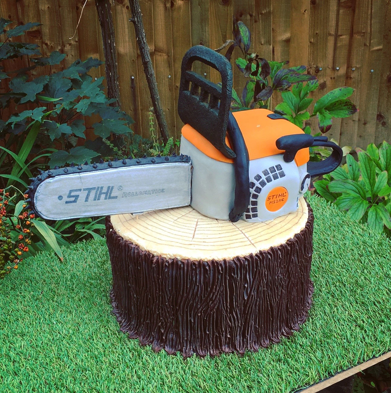 Richard Burr STIHL Cake
