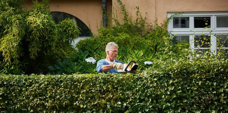 Lithium-Ion STIHL cordless hedge trimmer
