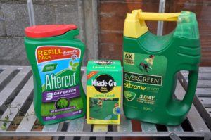 Summer Lawncare Grass Feed