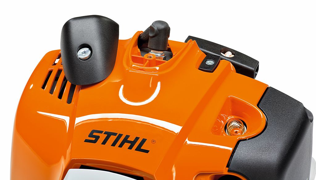 STIHL Spark Plug In Machine