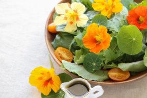 nasturtium flowers in salad