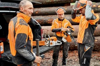 STIHL Advanced XSHELL