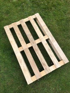 a wooden plywood pallet