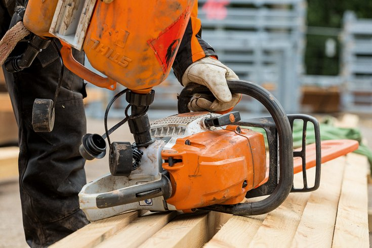 Using E10 petrol in your STIHL Chainsaw