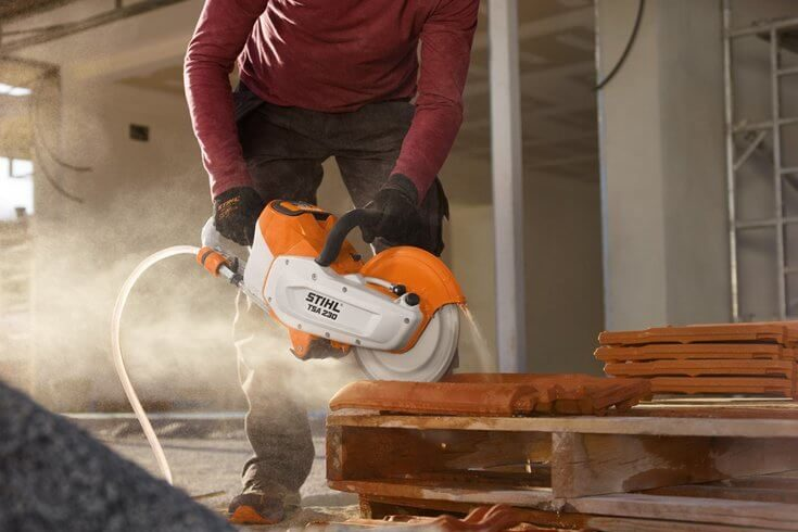 Can You Use STIHL Battery Tools in The Rain?